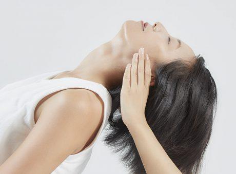 負担を軽くする首のアーチと筋肉をつくる